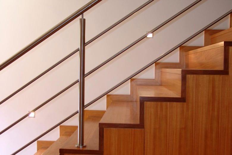 tarif de pose d 39 un escalier en bois. Black Bedroom Furniture Sets. Home Design Ideas