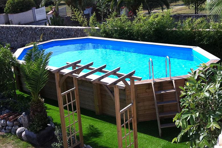 devis piscine comparez 5 devis gratuits. Black Bedroom Furniture Sets. Home Design Ideas